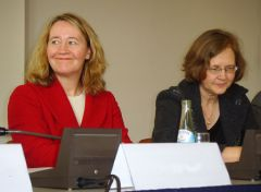 800px-Carol_Greider_and_Elizabeth_Blackburn_2009-02.JPG